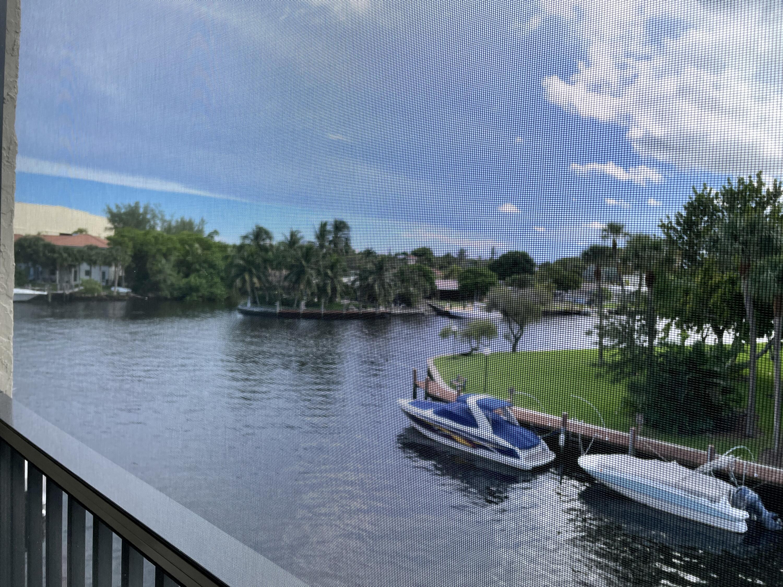8 Royal Palm Way 303, Boca Raton, FL 33432
