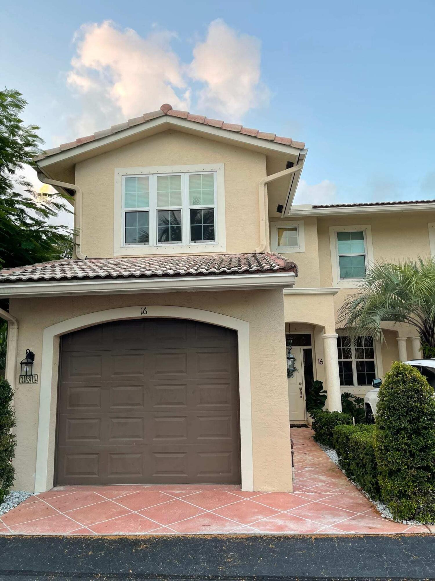330 SW 8th Street 16 Boca Raton, FL 33432