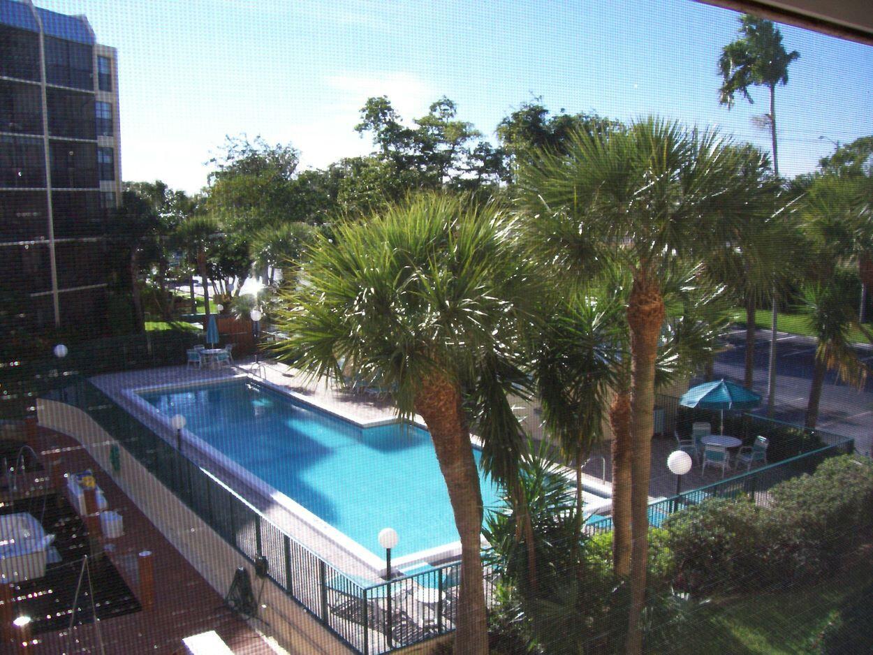 20 Royal Palm Way 304 Boca Raton, FL 33432 photo 3