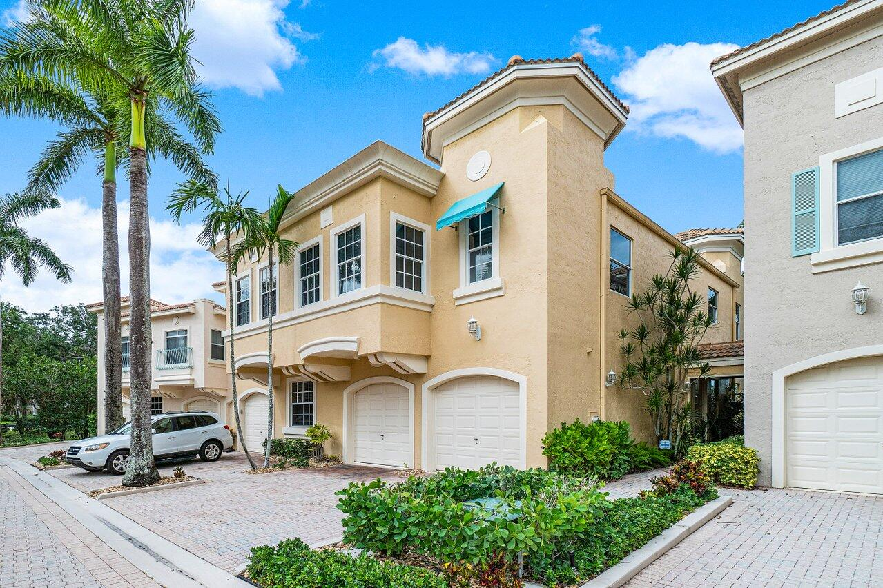 Secured within the private gated community of Resort Villas, this completely renovated townhouse is the perfect vacation property with 3 bedrooms, ample living area and full Golf Membership at the world renowned PGA National Golf Resort. Choose between playing 1 of the 5 championship courses, 1 of the 19 tennis courts, taking a class in the newly renovated fitness center or immerse yourself for a day of relaxation at the world renowned Spa. The townhouse is tastefully appointed for your vacation comfort and enjoyment!