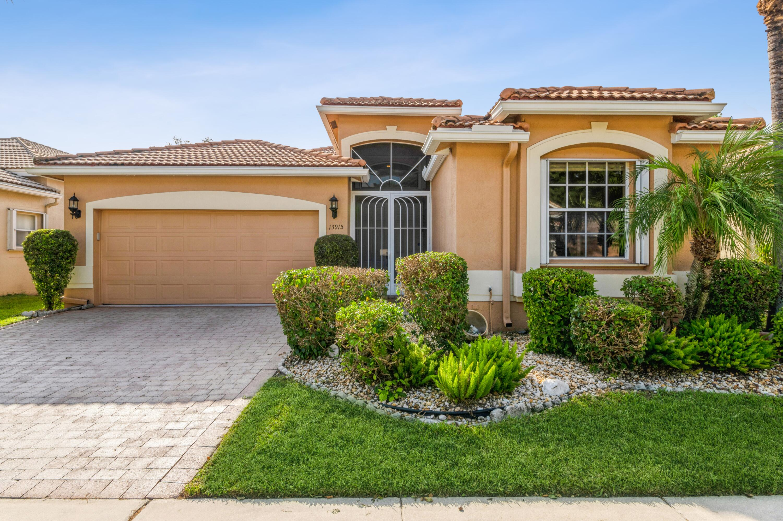 13915  Via Raphael   For Sale 10750998, FL