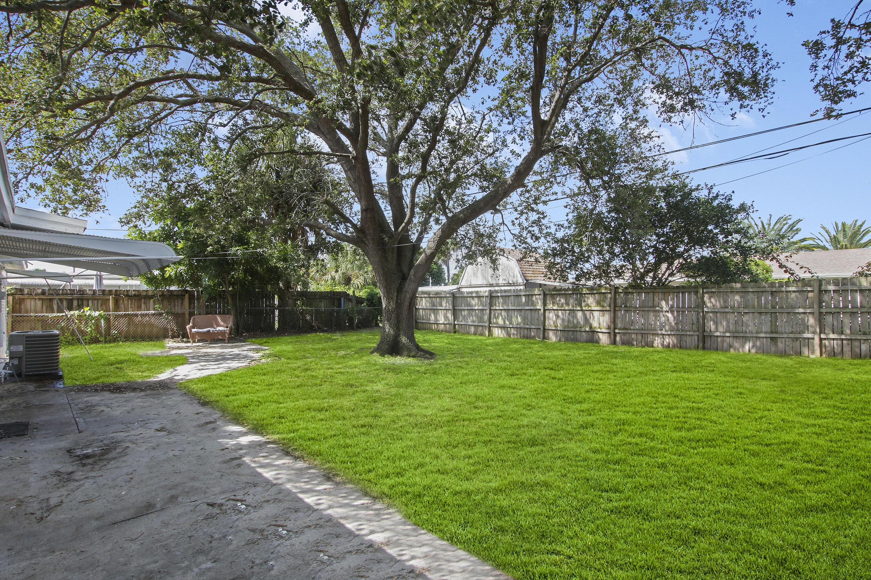 3853 Everglades Road Palm Beach Gardens, FL 33410 photo 2