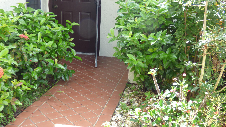 10977 Washingtonia Palm Court B Boynton Beach, FL 33437 photo 17