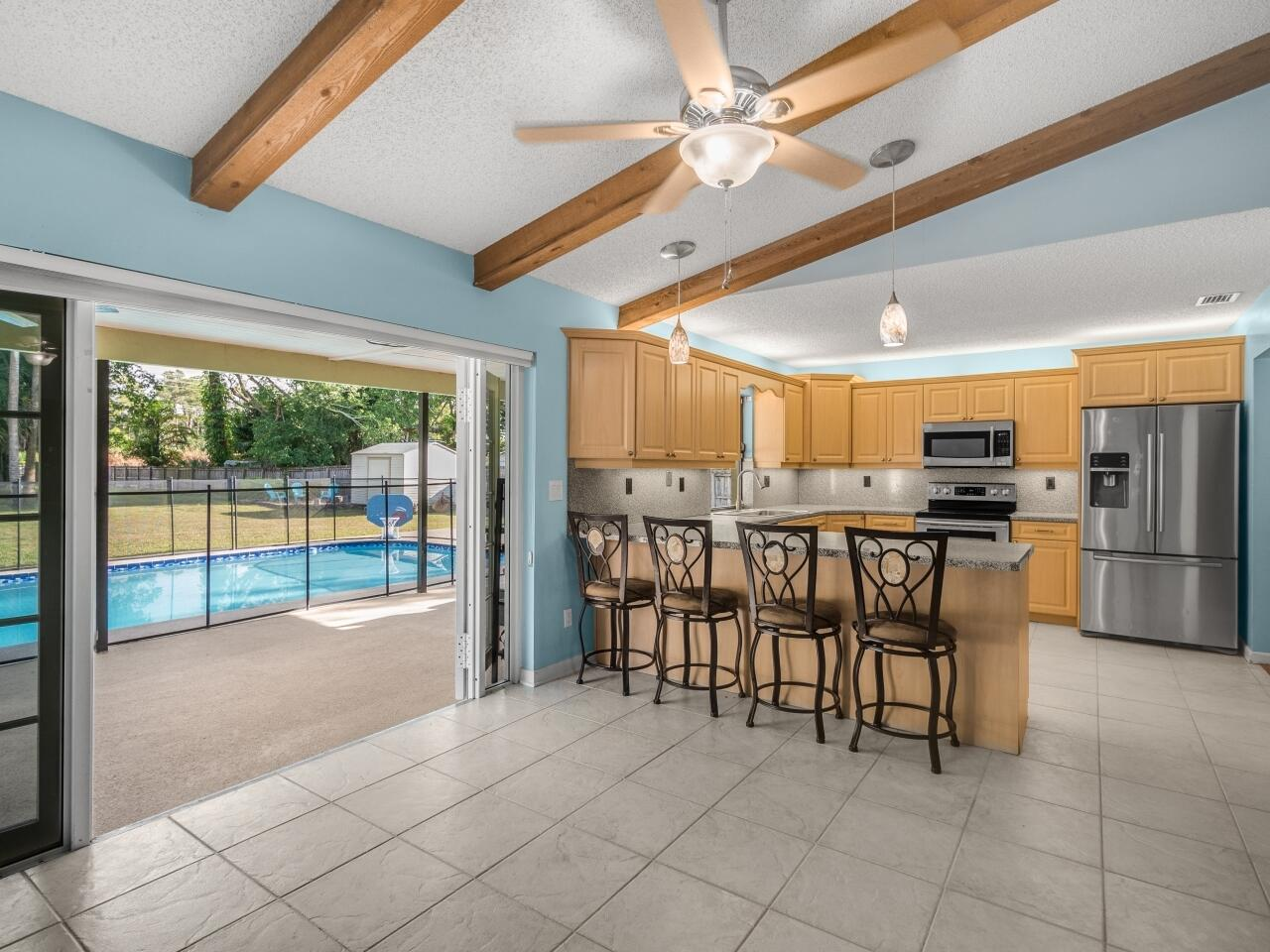 12073 Old Country Road Wellington, FL 33414 photo 6