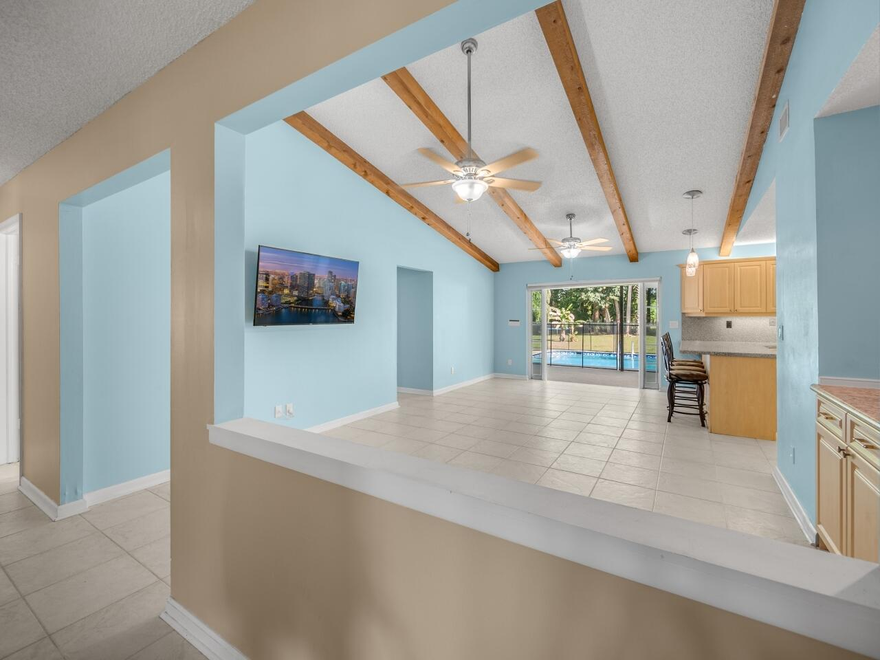 12073 Old Country Road Wellington, FL 33414 photo 9