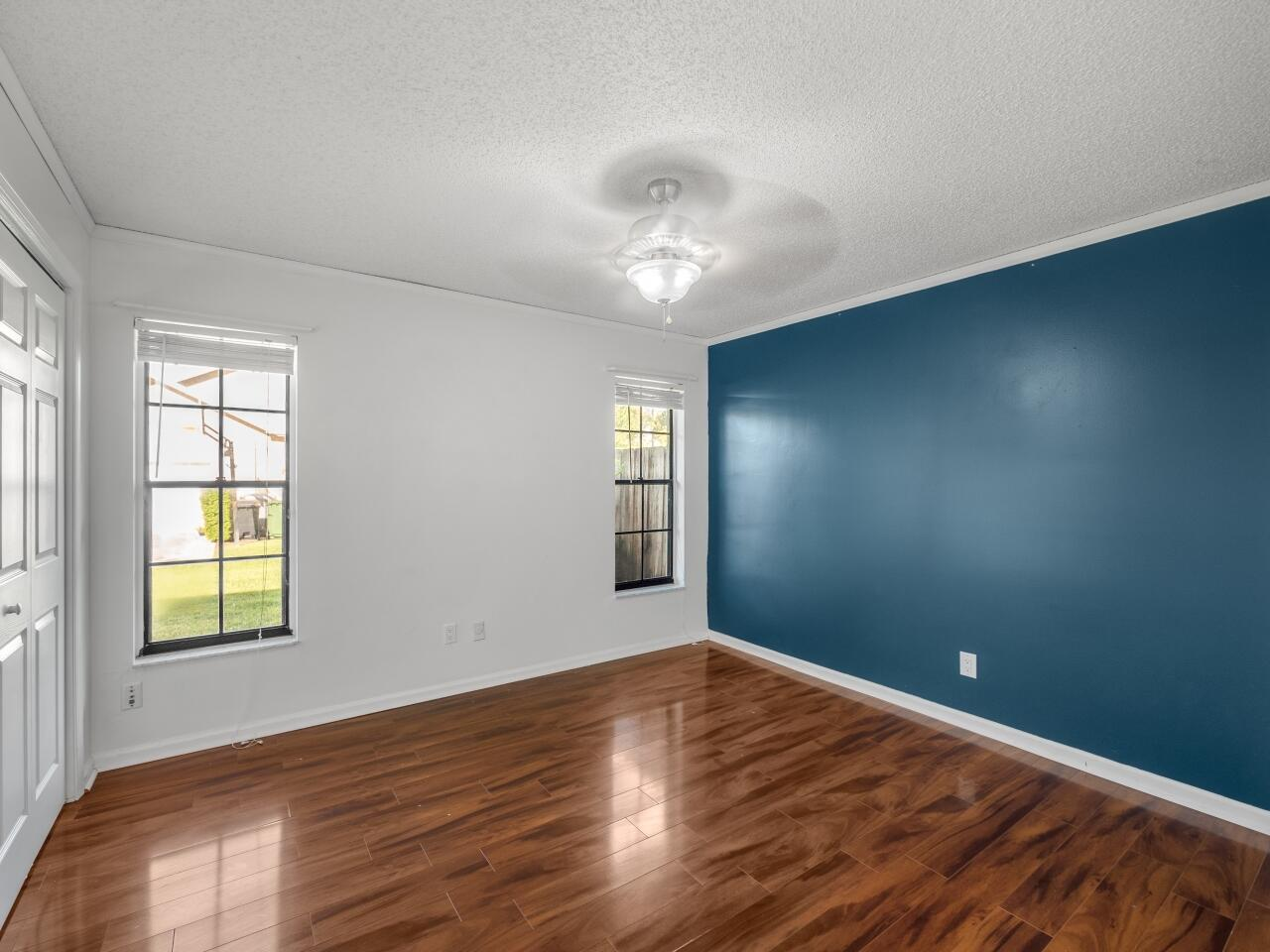 12073 Old Country Road Wellington, FL 33414 photo 16