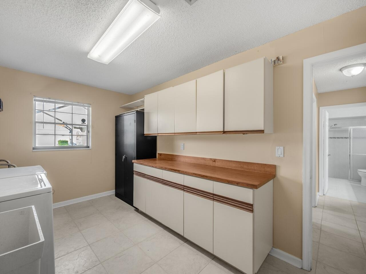 12073 Old Country Road Wellington, FL 33414 photo 11