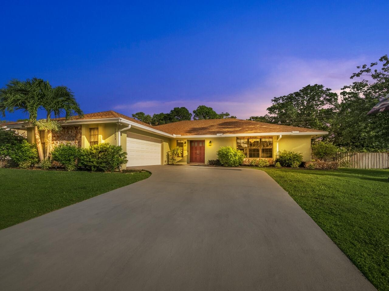 12073 Old Country Road Wellington, FL 33414 photo 3