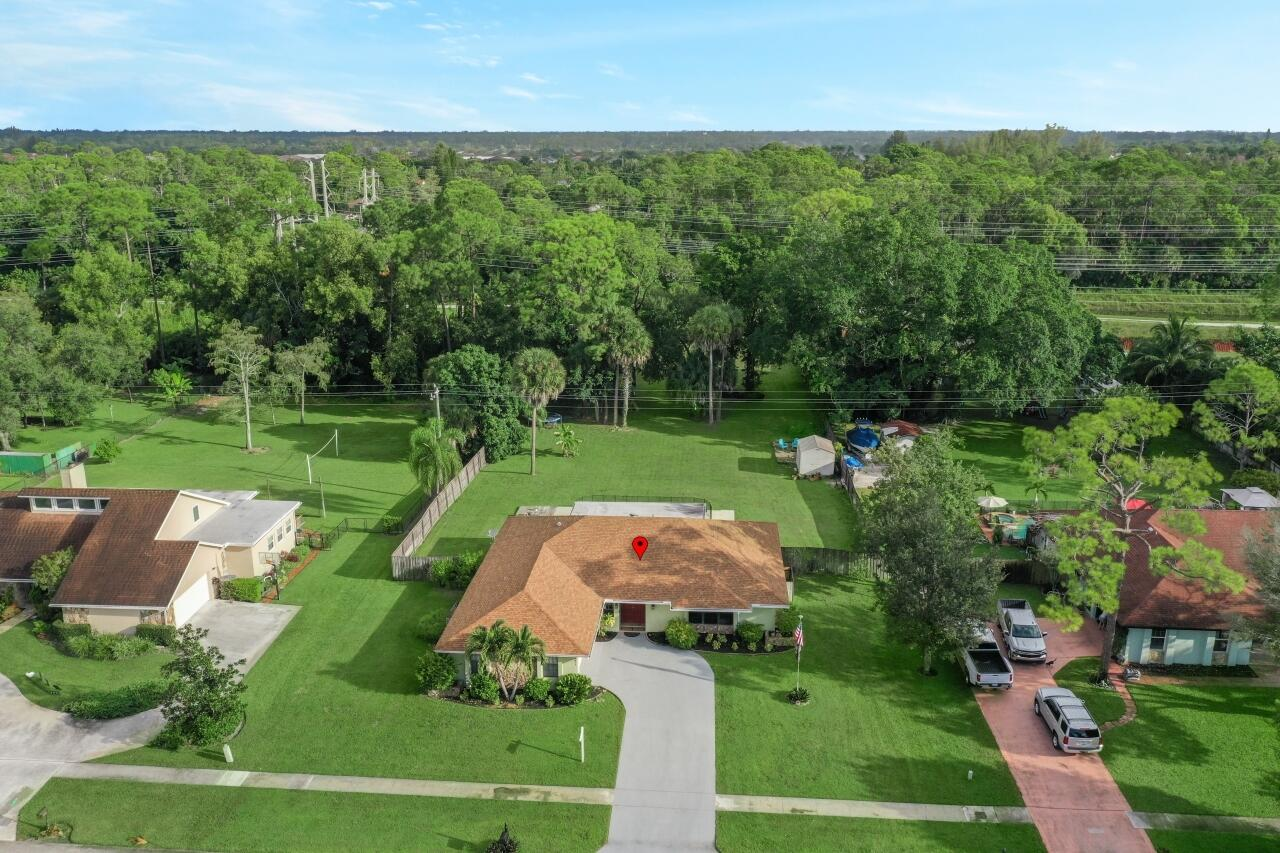 12073 Old Country Road Wellington, FL 33414 photo 32