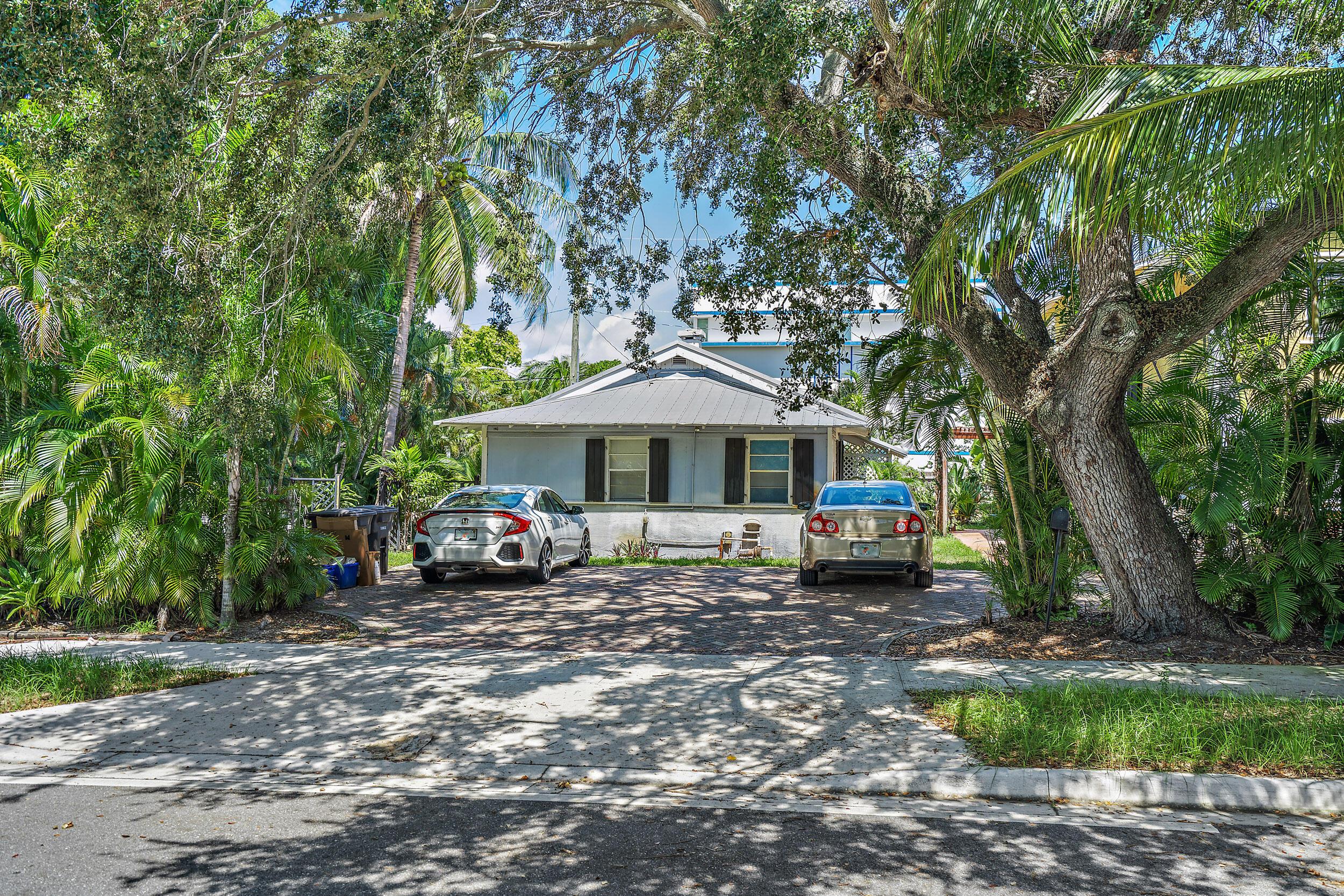 1214 Lake Avenue West Palm Beach, FL 33401 photo 19