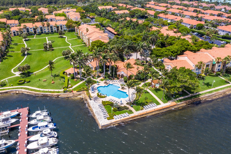 145 Yacht Club Way 307, Hypoluxo, FL 33462
