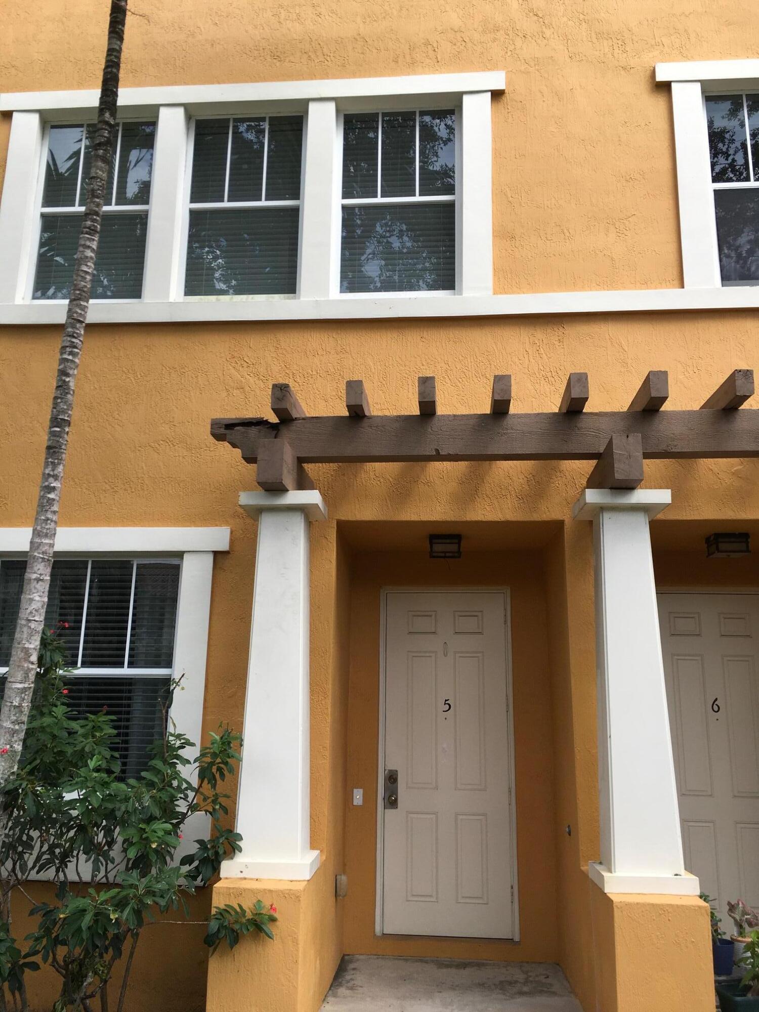430 Amador Lane 5 West Palm Beach, FL 33401