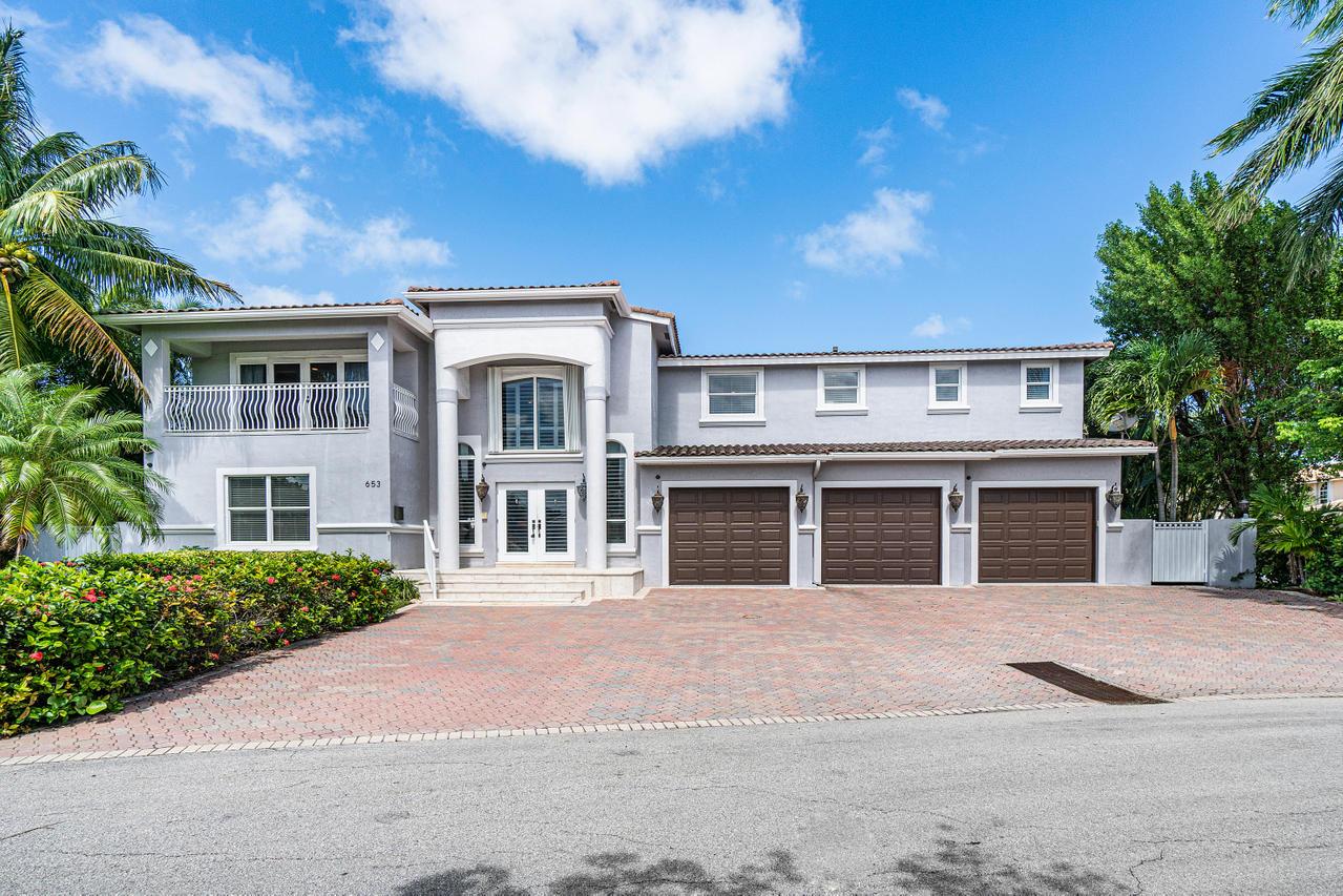 653 Castilla Lane Boynton Beach, FL 33435