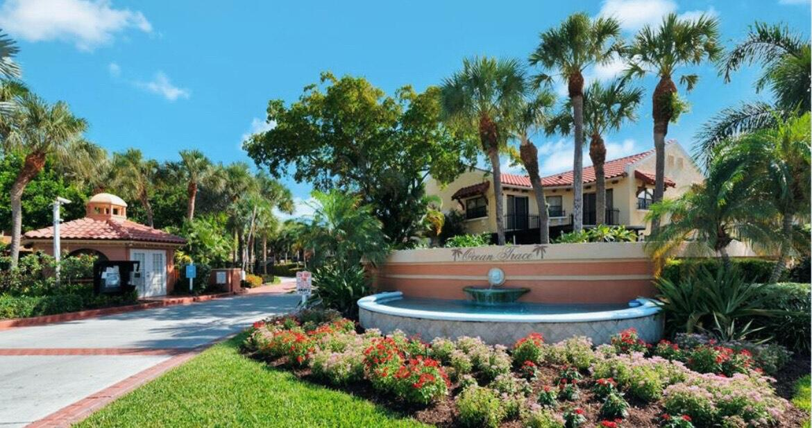 This beautiful light and bright 2 bedroom, 2.5 bath CBS Townhouse with Attached Garage also features a Private Front Patio and is located in coveted Juno Beach. Kitchen has granite counters and custom drawers in lower cabinets.  Huge Master Bedroom with Double Vanity, Walk-in Closet and Sitting/Office area.  Large Wall-to-wall Closet in Guest Bedroom.  Plenty of Storage through-out this unit.  Accordion Hurricane Shutters, New Washer & Dryer.  Top of the line Trane A/C unit.  Wired for security and cable.  Uno Lago is a beautifully landscaped, gated Mediterranean-style resort community featuring a Club House with Fitness Center, 2 Pools, and Spa-Hot Tub.  Walk to the Ocean!  Conveniently located near Publix, CVS and restaurants.  A MUST SEE!