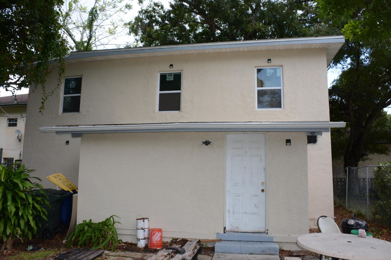 642 S 13th Street, Fort Pierce, FL 34950