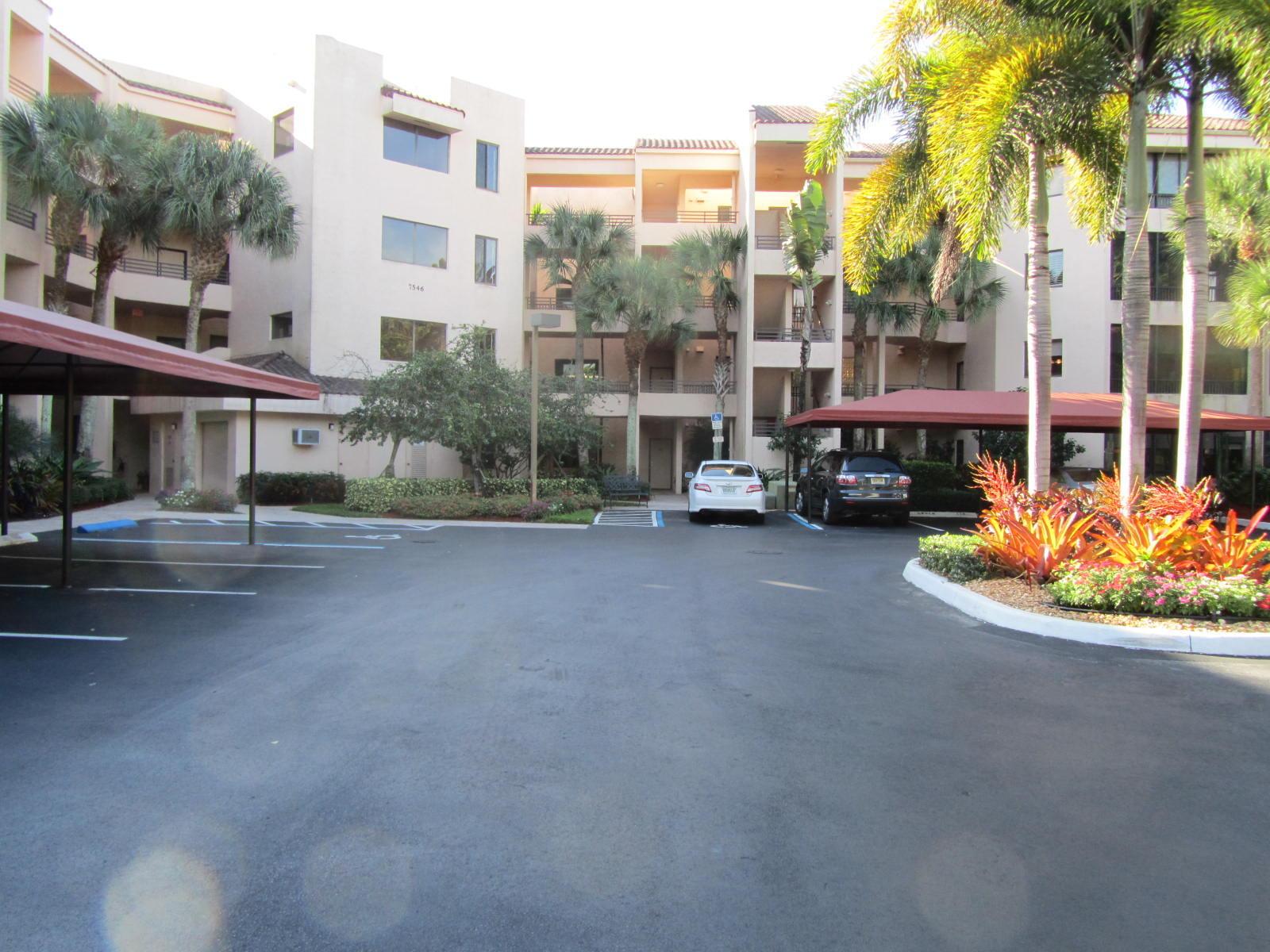 7546 La Paz Boulevard 106, Boca Raton, FL 33433