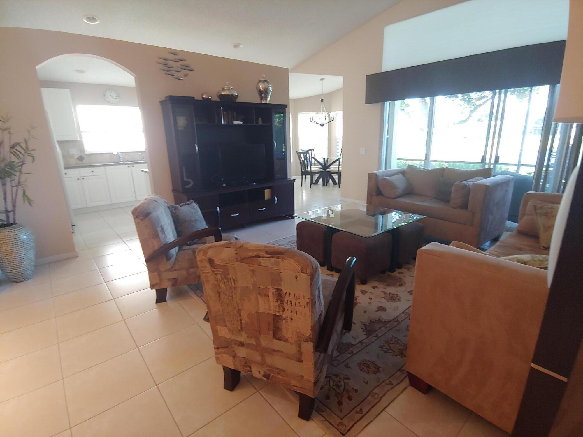 11156 Kapalua Way Boynton Beach, FL 33437 photo 5