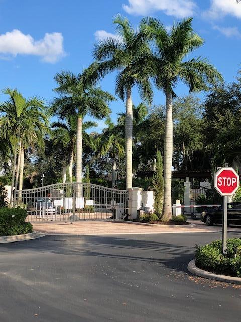 9857 Baywinds Drive 9101 West Palm Beach, FL 33411 photo 2