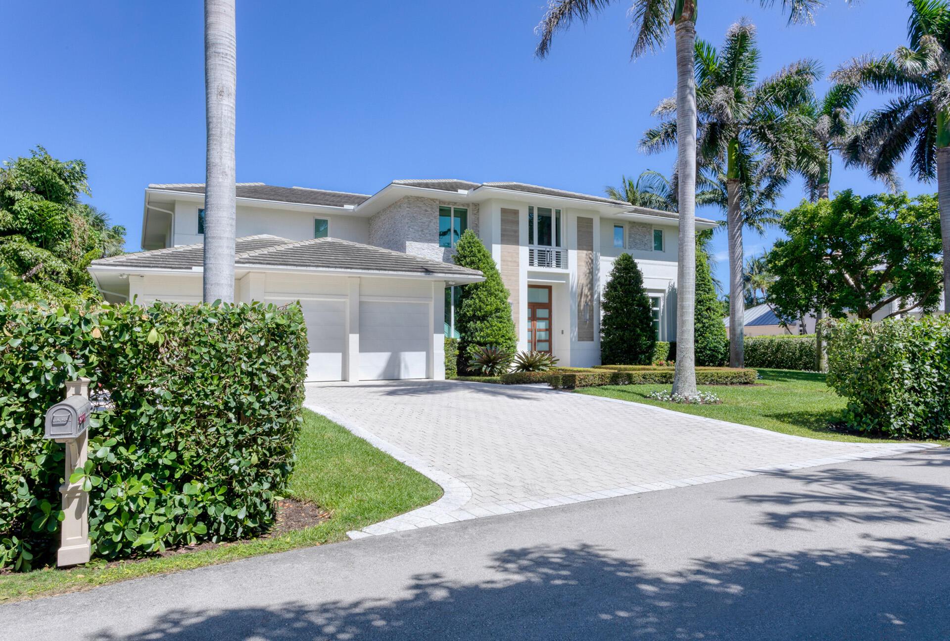 609 Seagate Drive Delray Beach, FL 33483 photo 2