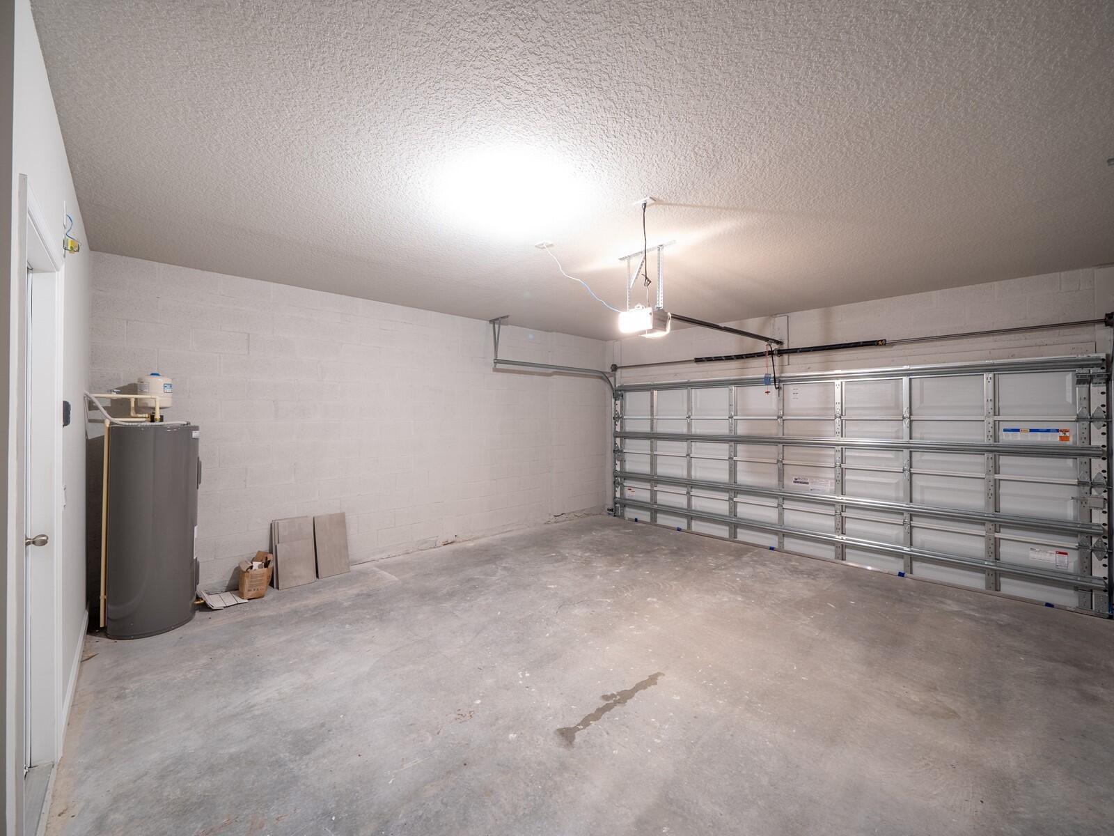 021_Garage