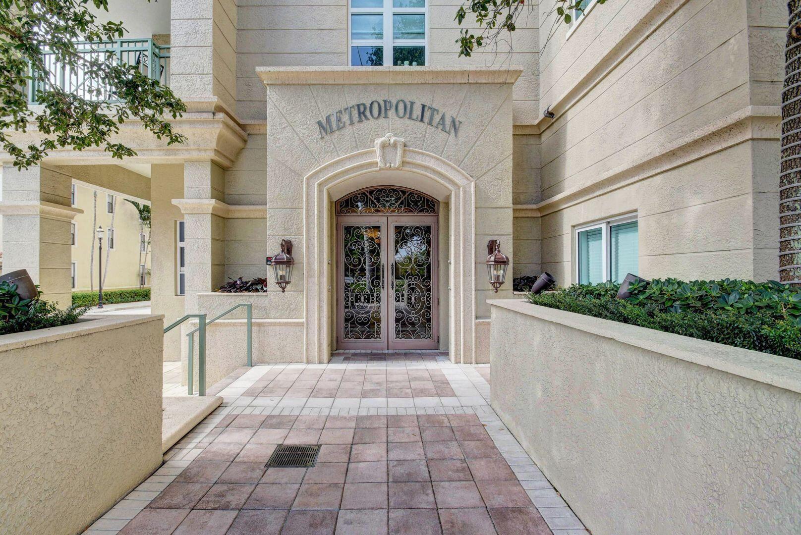 403 S Sapodilla Avenue 414 For Sale 10752315, FL