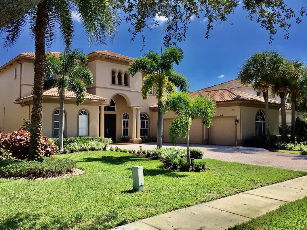 9141 Pineville Drive  Lake Worth FL 33467