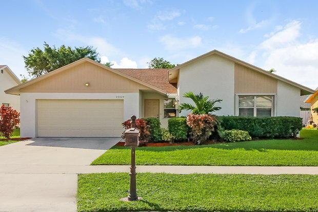 23119 SW 55th Avenue, Boca Raton, FL 33433