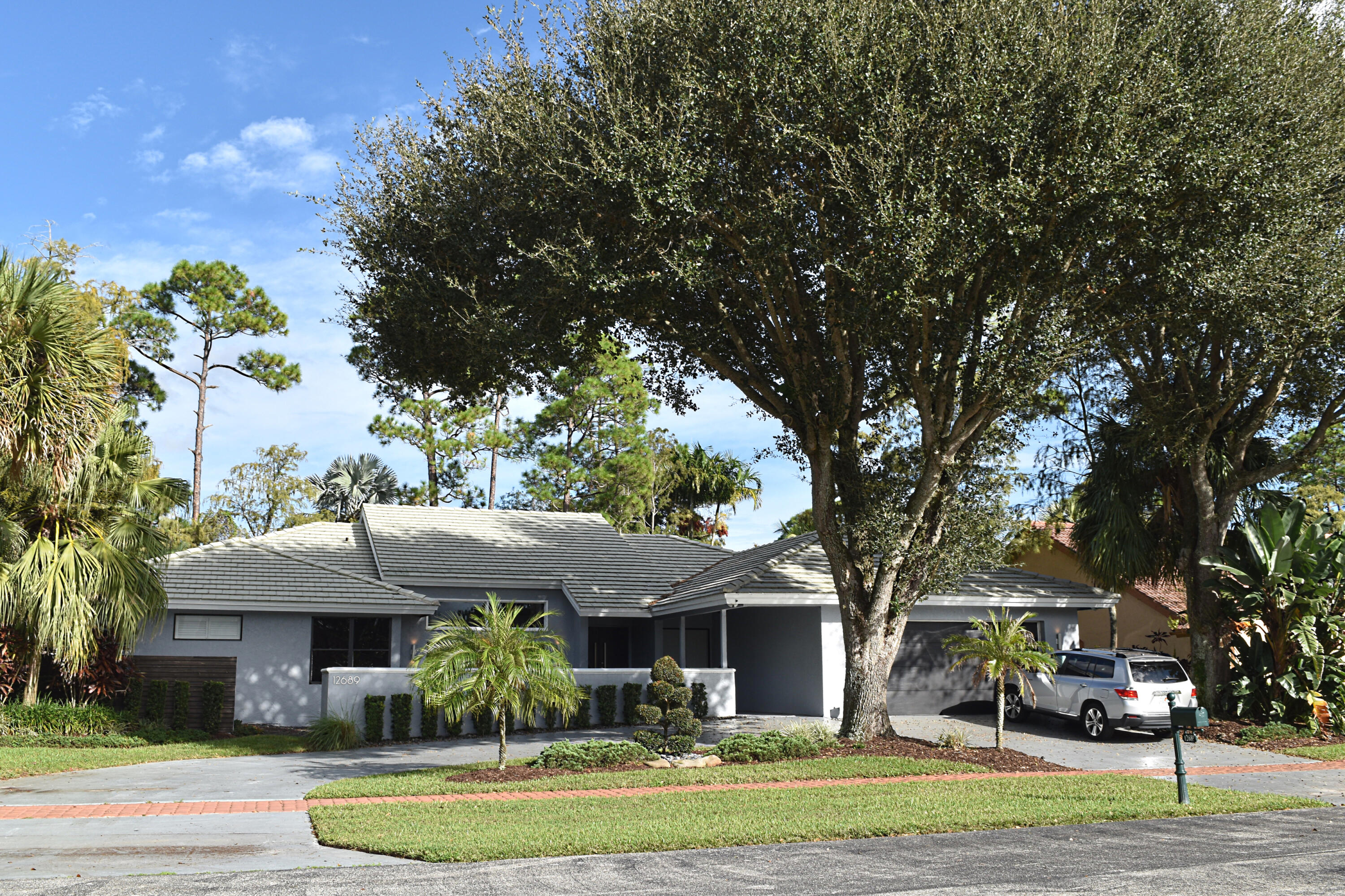 Home for sale in The Island Wellington Florida