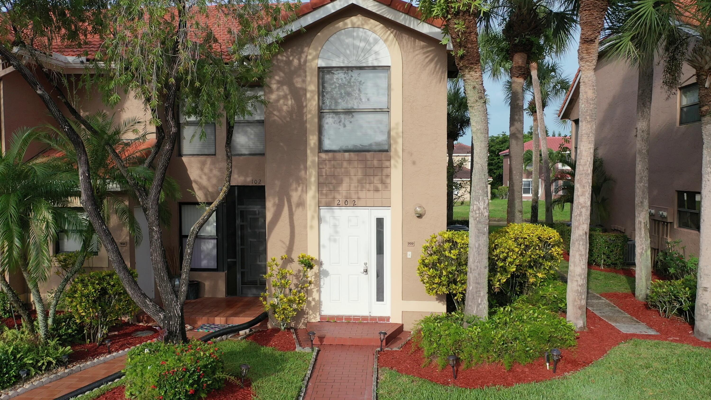 18266 Covina Way 202, Boca Raton, FL 33498