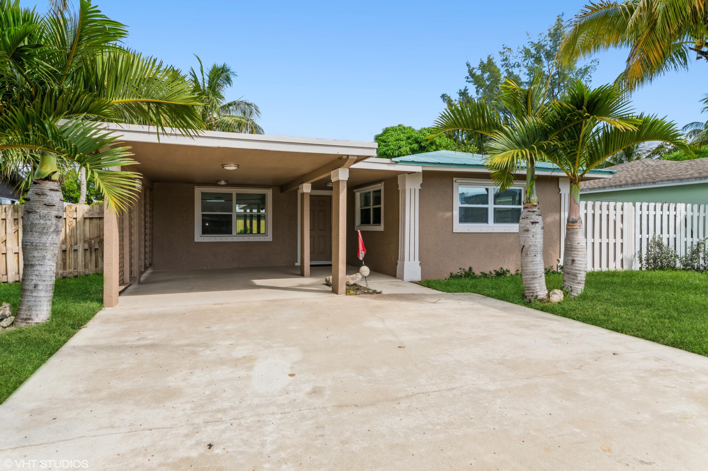 119 SW 14th Avenue Boynton Beach, FL 33435