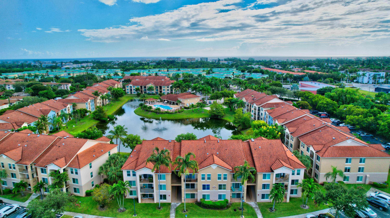 712 Villa Circle Boynton Beach, FL 33435