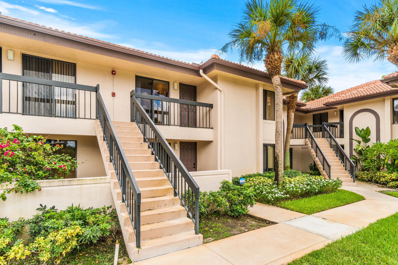 5151 W Club Circle 206, Boca Raton, FL 33487