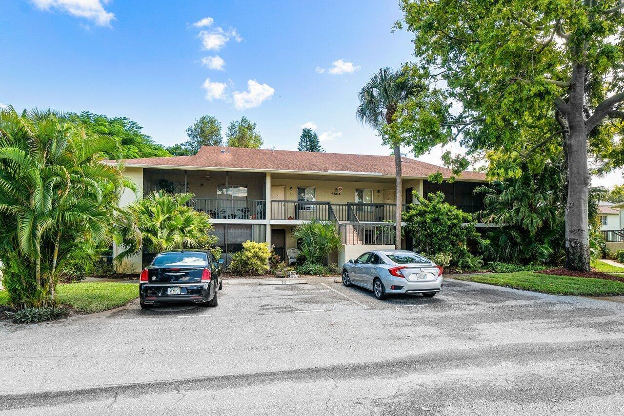 Home for sale in Chasewood Jupiter Florida