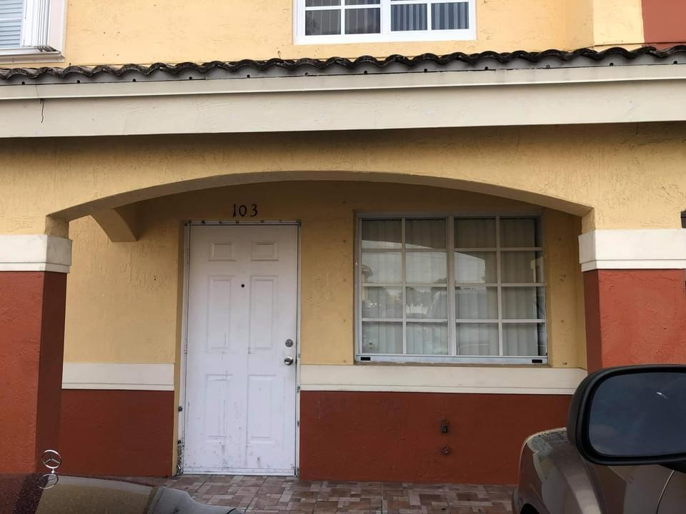 Home for sale in WEST PALM VILLAS V CONDO Hialeah Florida