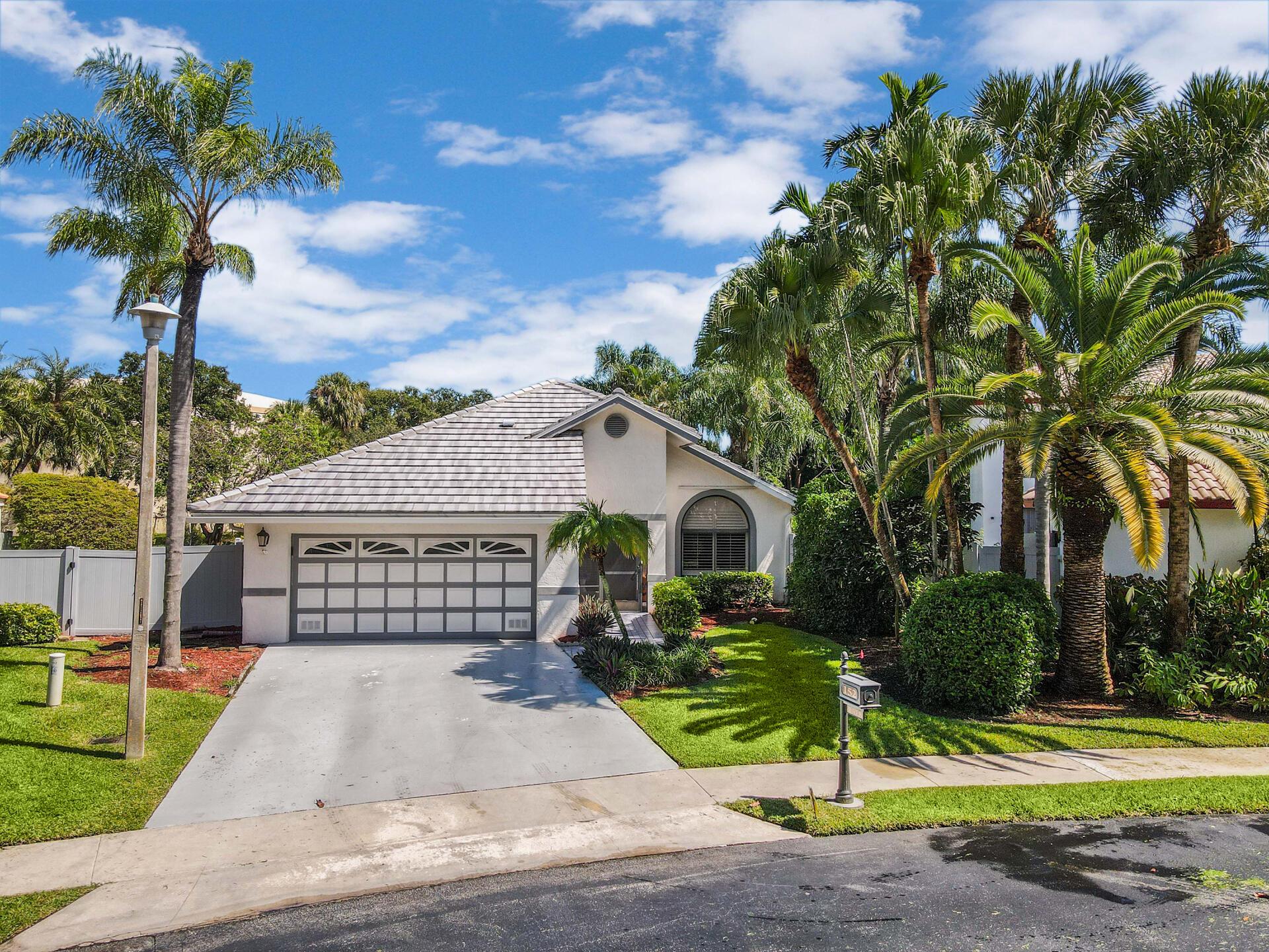 152 Orange Drive Boynton Beach, FL 33436