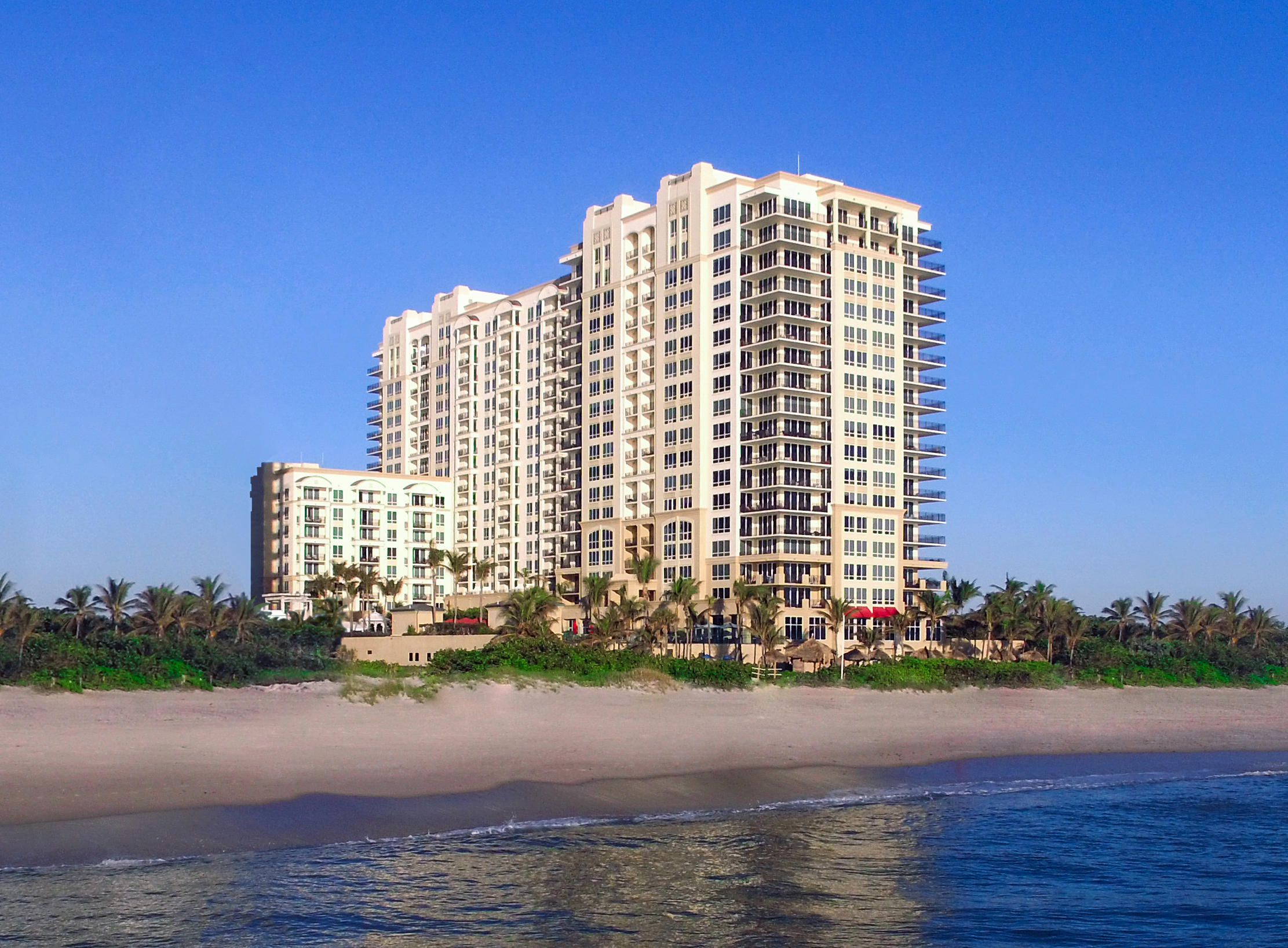 OCEAN FACING VIEWS, FULLY FURNISHED 1 BEDROOM 1 BATH WITH FULL KITCHEN, WASHER DRYER, MARBLE FLOORING, CARPETING, WORLD CLASS AMENITIES. Enjoy a luxury lifestyle vacation at this ocean front beach resort and relax. When not visiting the property choose the best management team to generate income year round through nightly rentals.