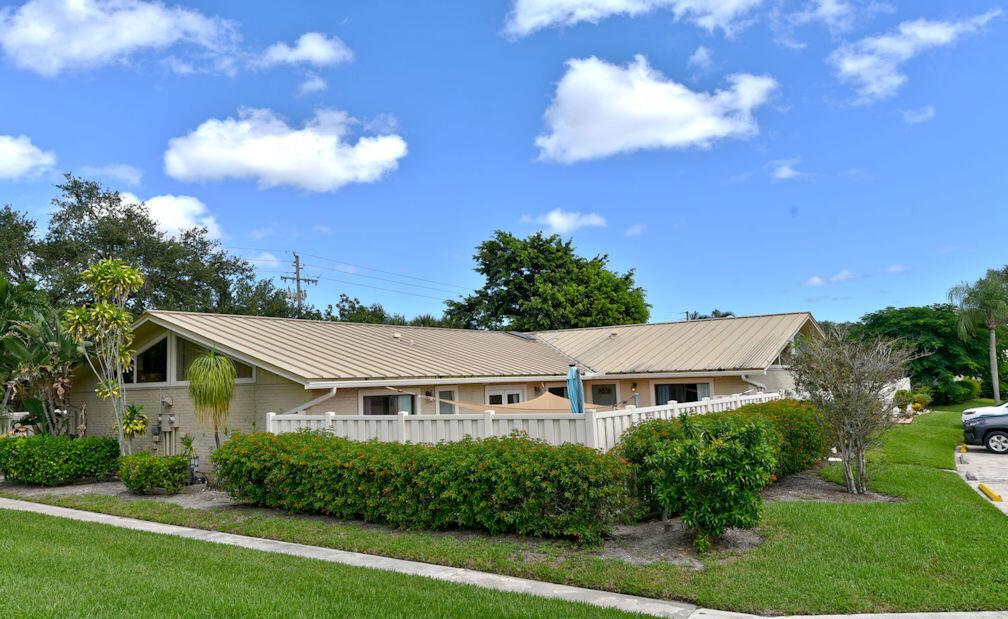 5989 Golden Eagle Circle Palm Beach Gardens, FL 33418