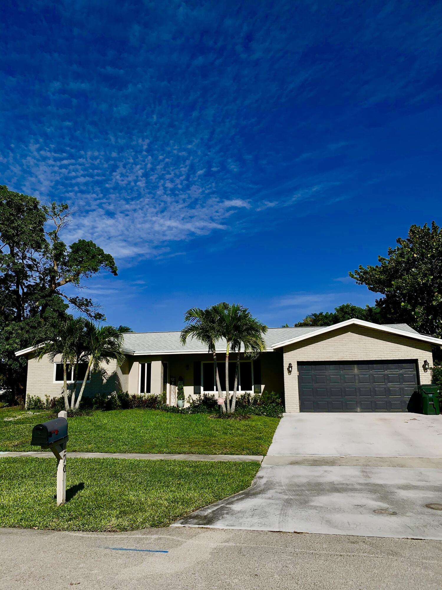 170 Mohigan Circle, Boca Raton, FL 33487