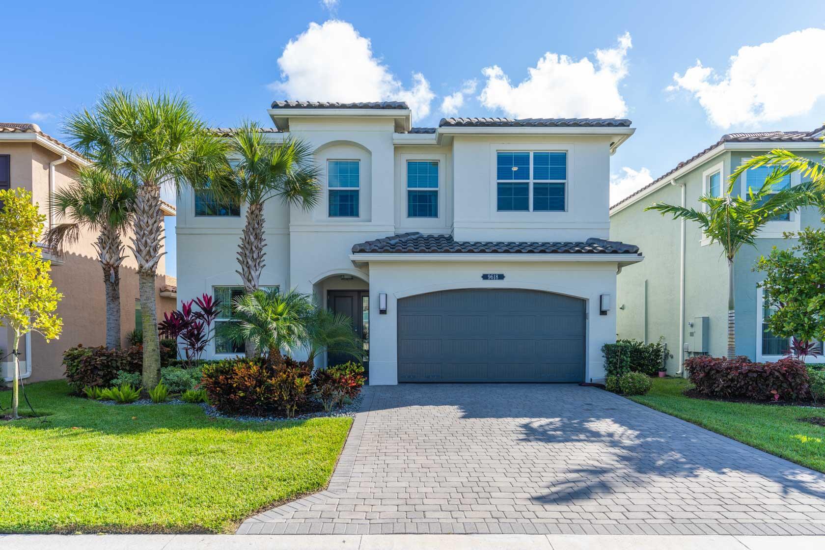 9618 Brook Isles Avenue Delray Beach, FL 33446