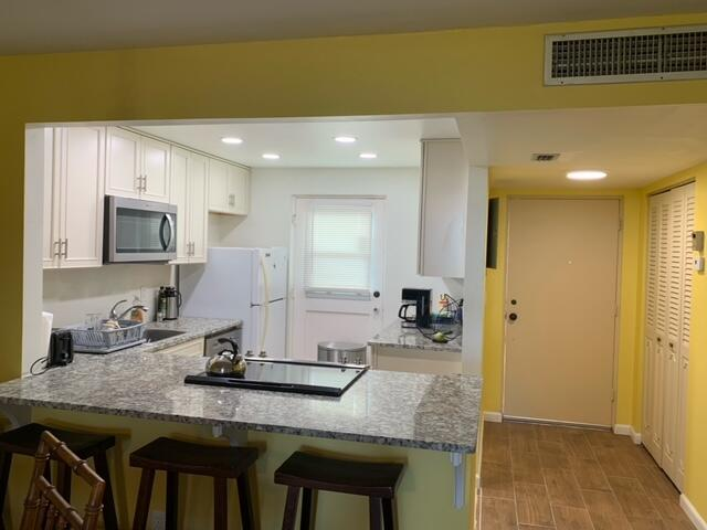 5700 NW 2nd Avenue 408 For Sale 10752671, FL