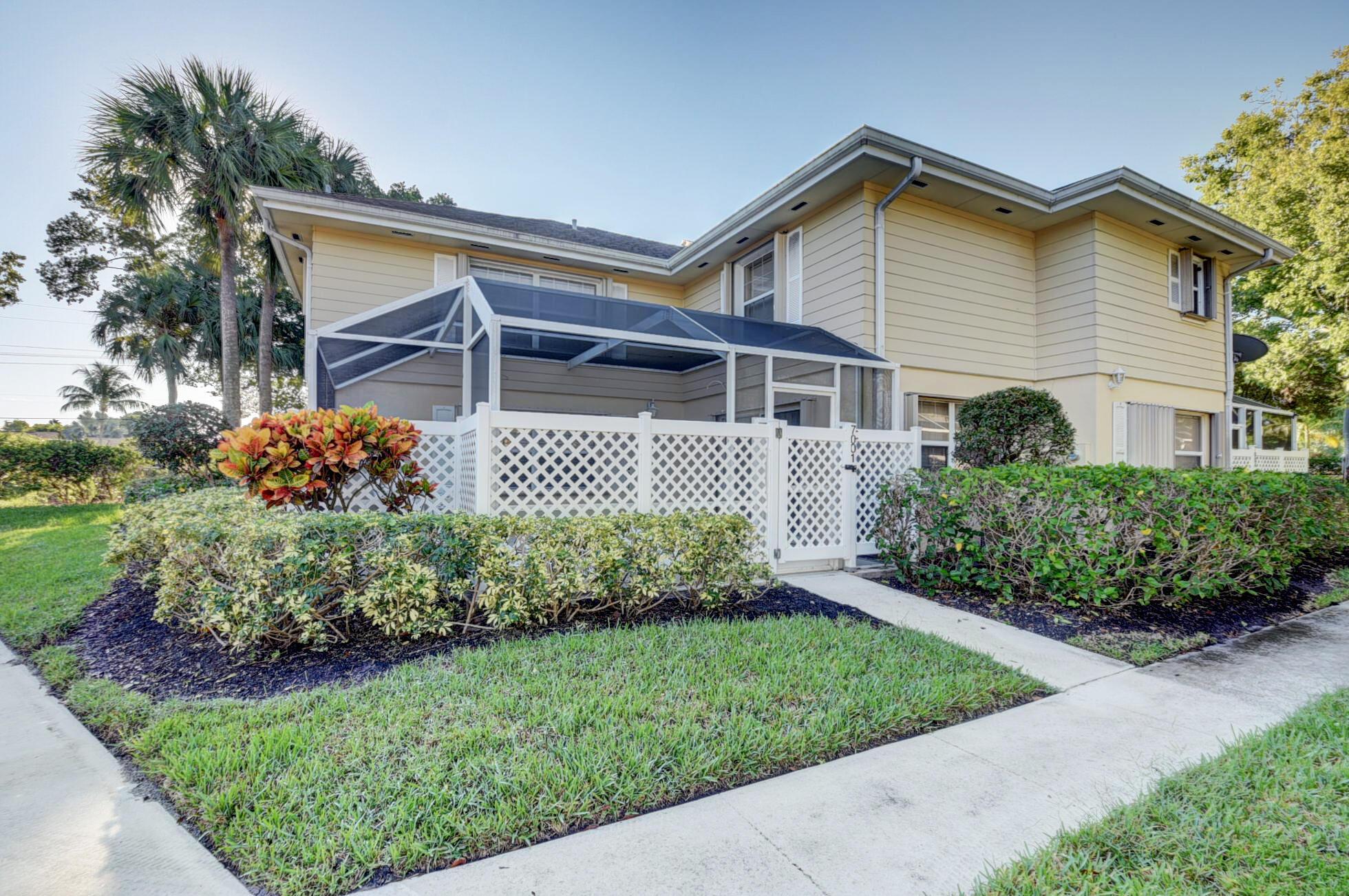 7001  Dryden Court  For Sale 10752711, FL