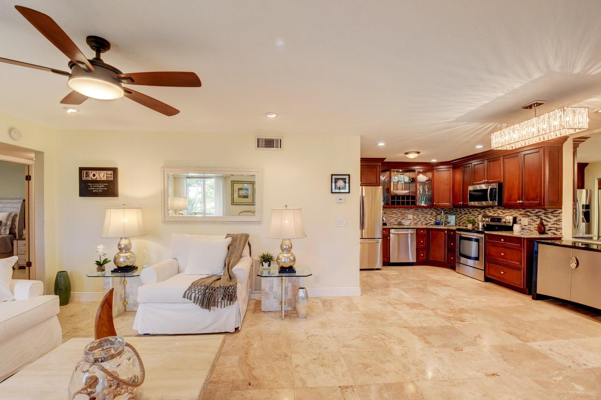 Home for sale in PINE RIDGE III COND Greenacres Florida