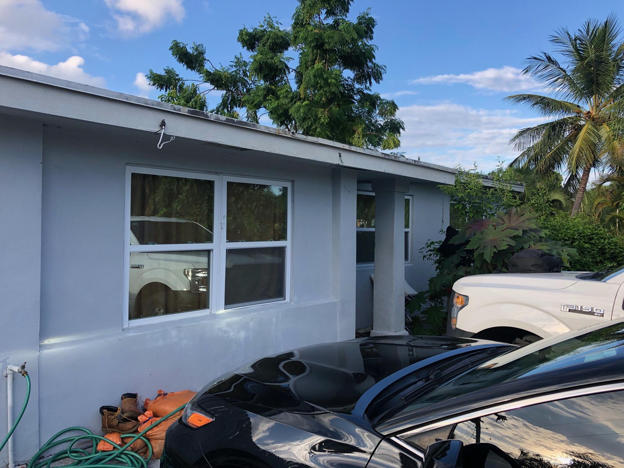 165 N Palm Drive  For Sale 10752749, FL