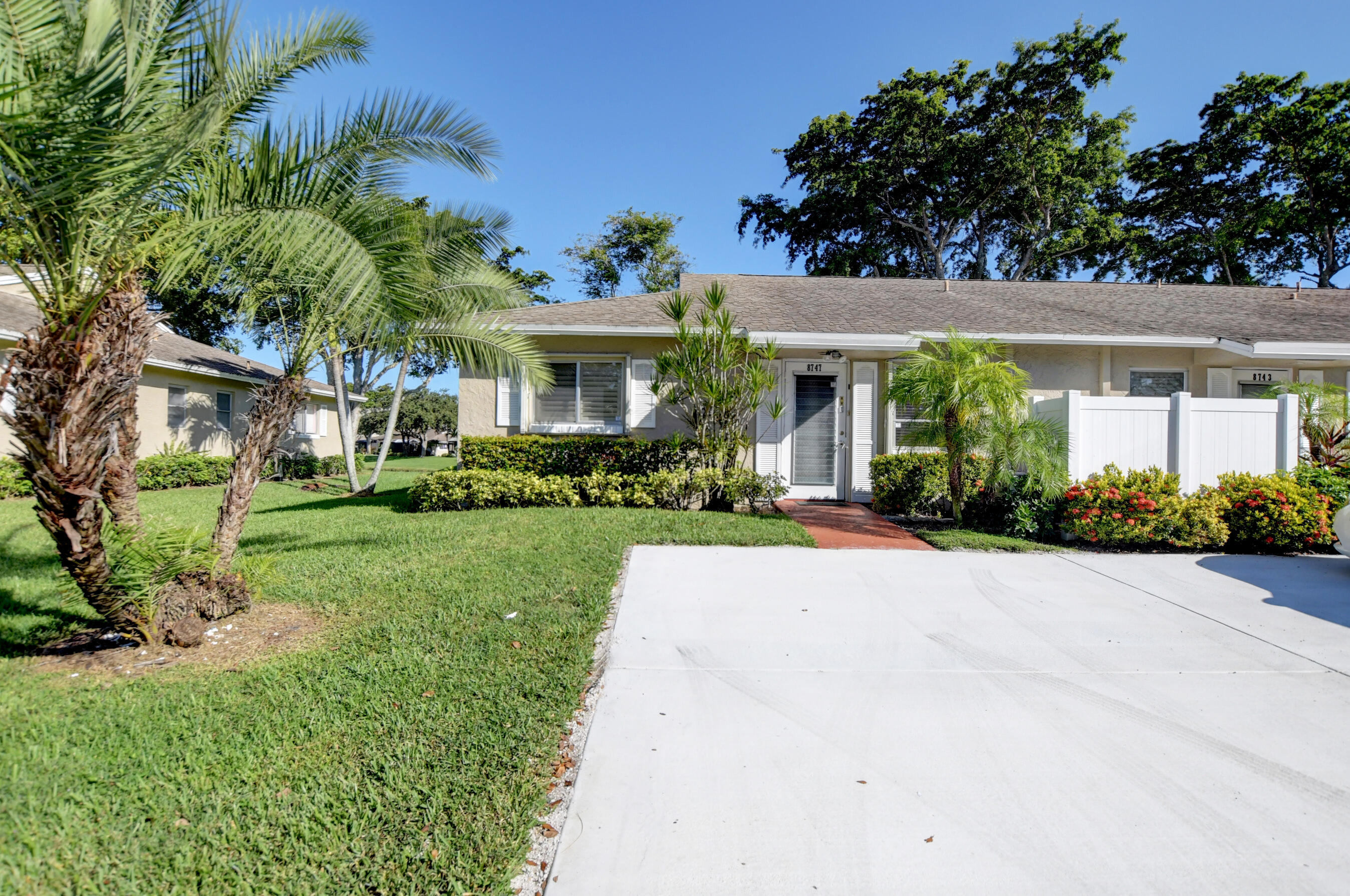 8747  Rheims Road  For Sale 10753071, FL