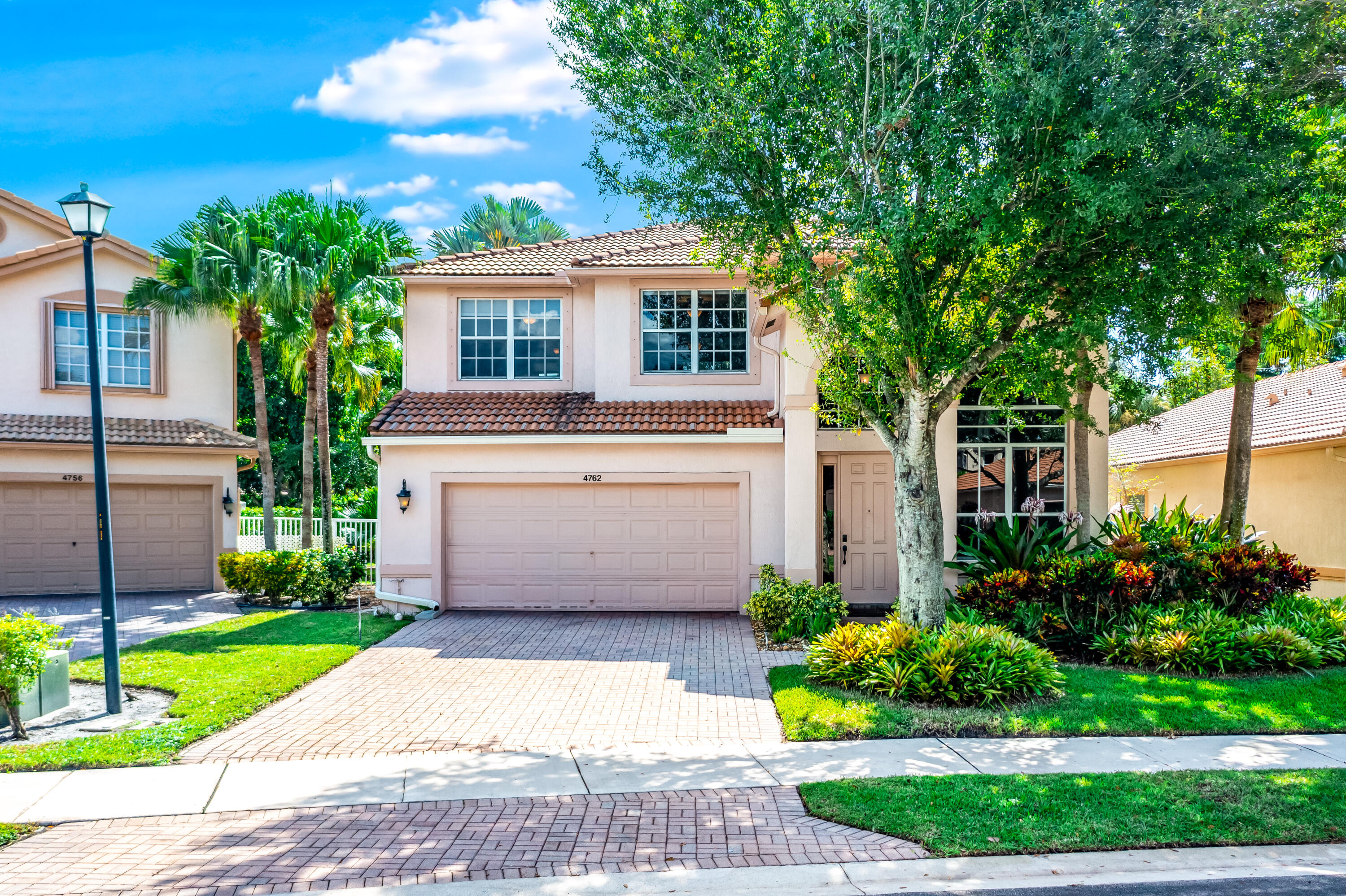 4762 S Classical Boulevard  For Sale 10753066, FL