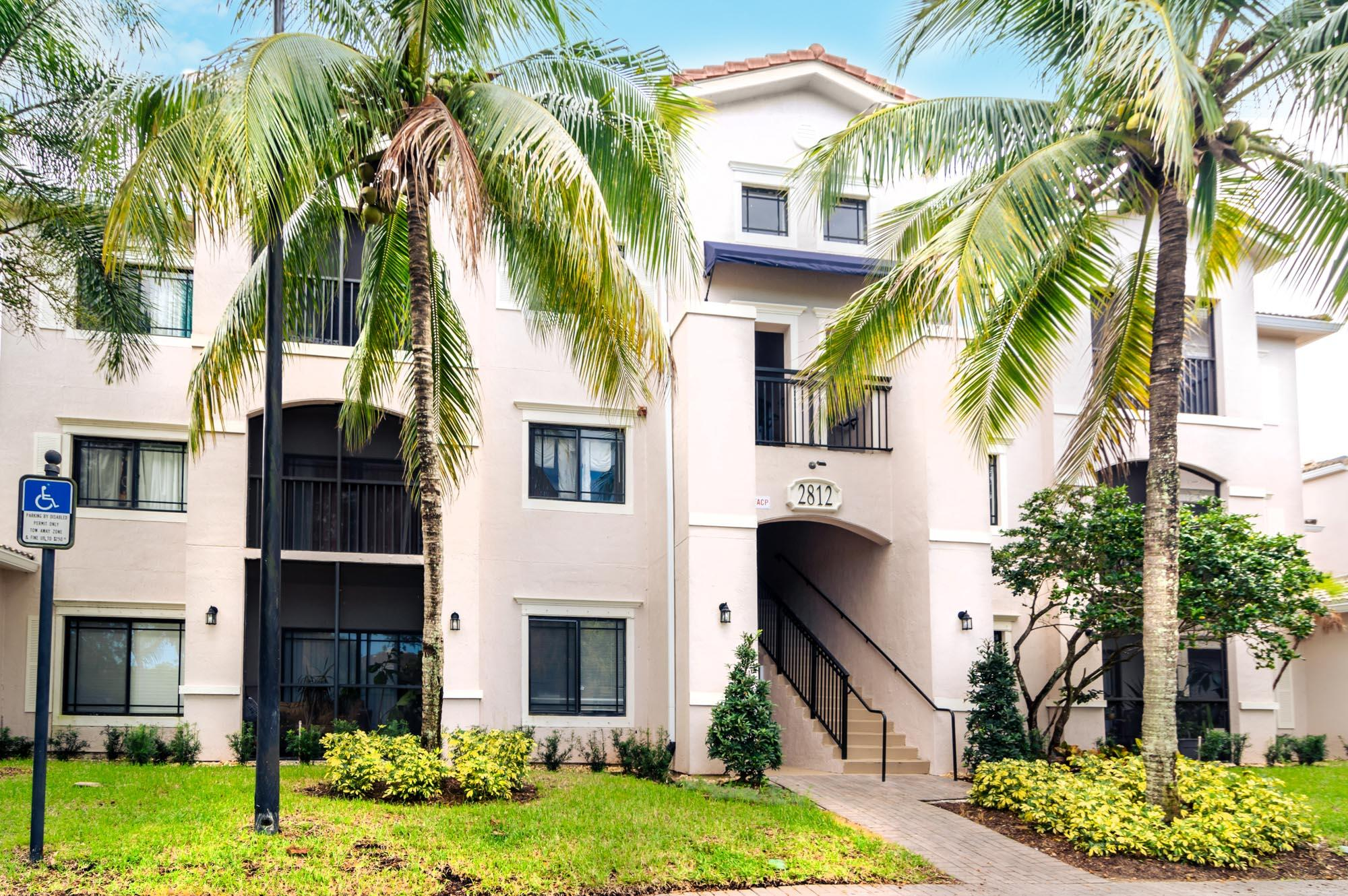 Available end of 2021 into 2022 season. Completely renovated, fully furnished, turnkey 2/2, gated community near Downtown at the Gardens, mall. Pool, Resort Club House.