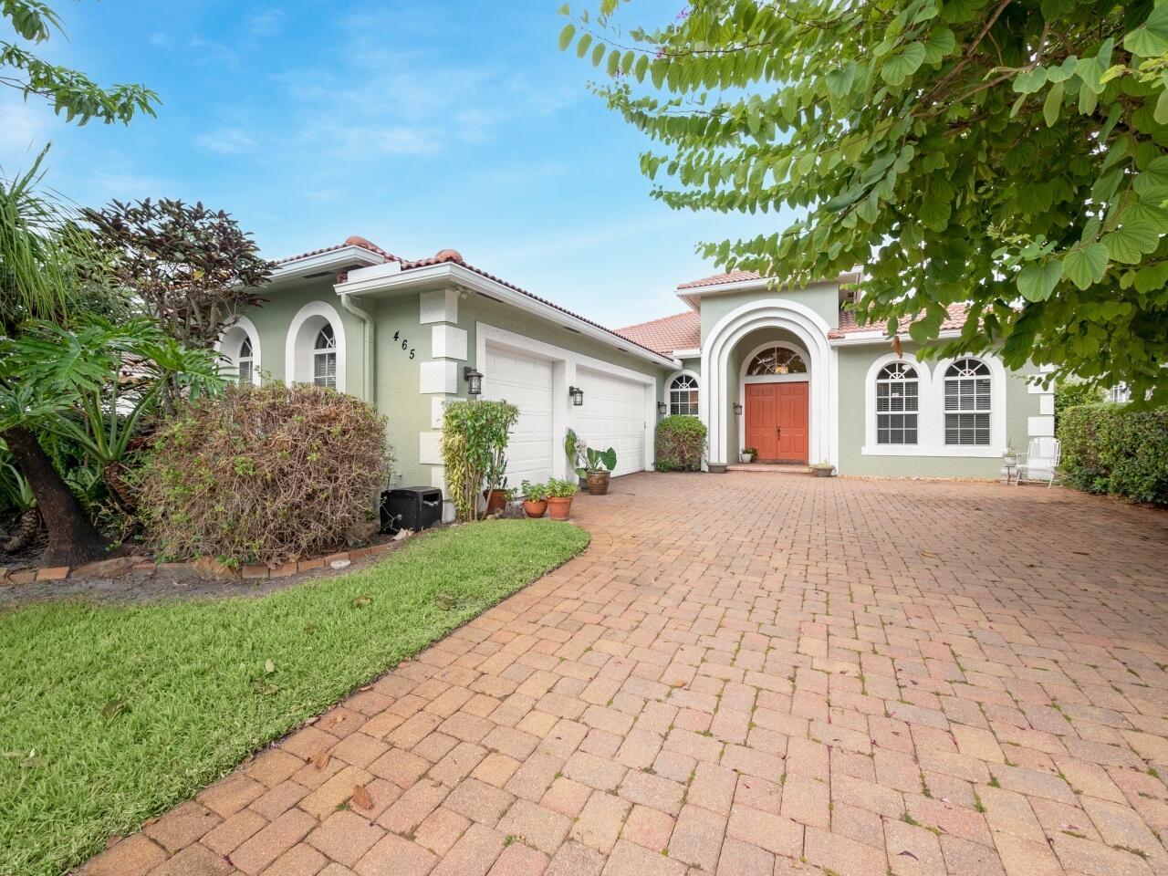 465 Pine Tree Court, Atlantis, FL 33462