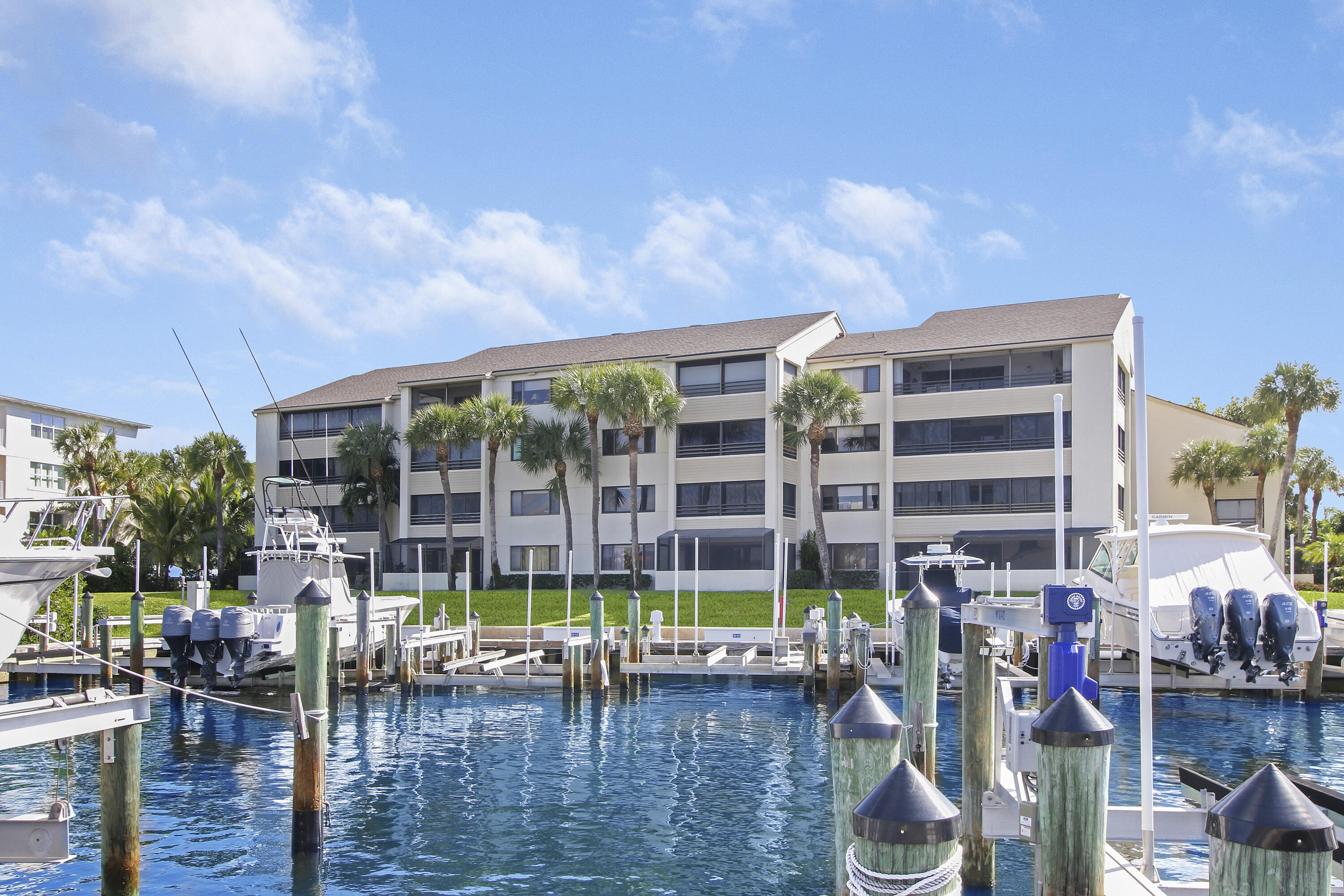 Rare opportunity to own a piece of paradise in highly sought-after Oak Harbour, a 24-hour private gated boating community situated on the Intracoastal Waterway in Juno Beach with direct access to the Atlantic Ocean. No fixed bridges!Gorgeous 2-bedroom, 2-bath corner unit condo that overlooks the marina. Spend endless afternoons enjoying sunsets from your enclosed patio! Community offers amenities such as a clubhouse, indoor gym and outdoor grilling. Beautifully renovated bathrooms, new ceramic tile throughout living, patio & bedroom areas. A/C replaced in 2018. Oak Harbour is located conveniently close to shopping, great restaurants, PB International Airport, Universities & golf courses. This is the place you've been looking for!Dock also available for purchase separately. rx-10752