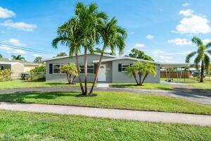 2422 Palm Road, West Palm Beach, FL 33406