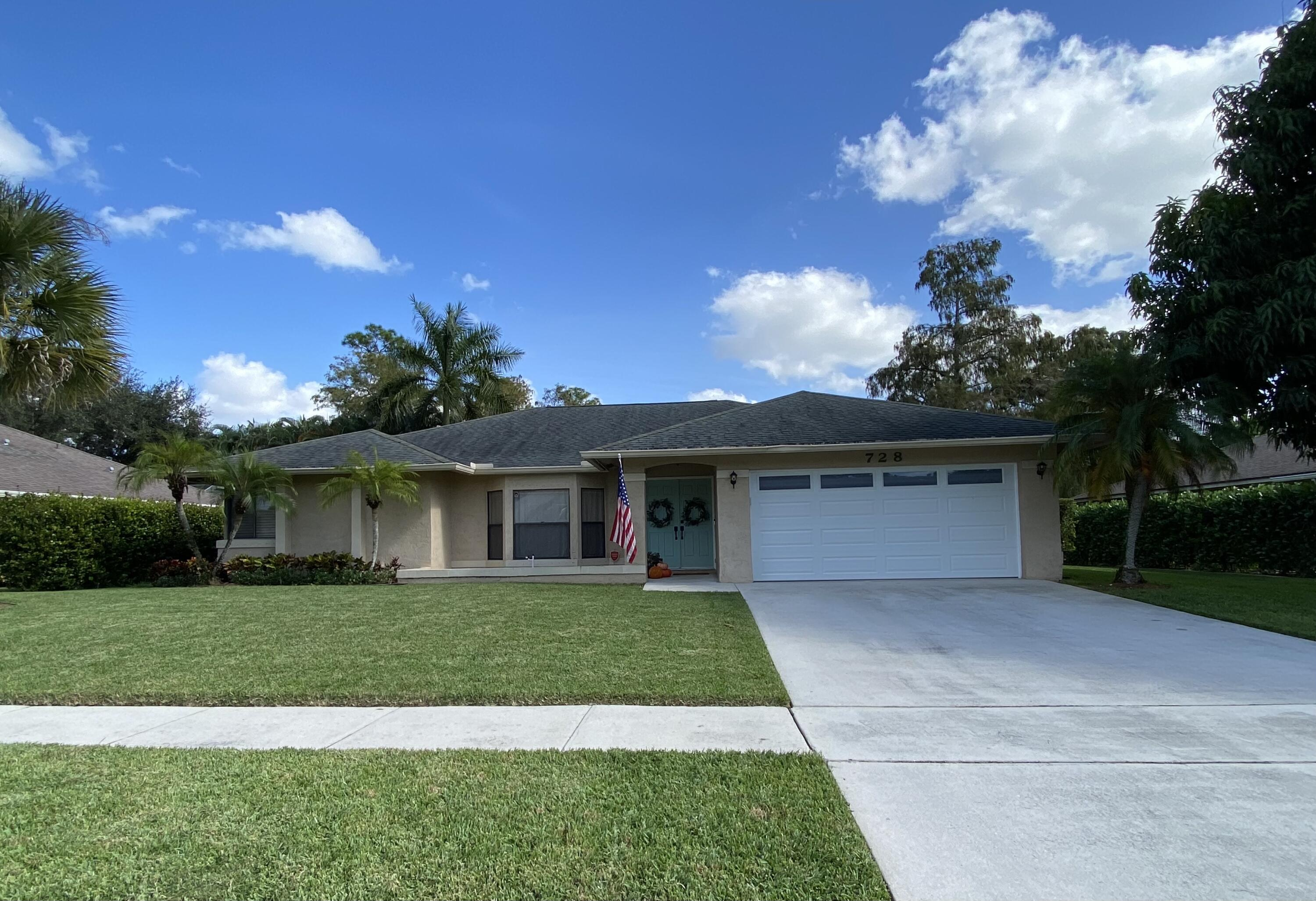 728  Blueberry Drive  For Sale 10753257, FL
